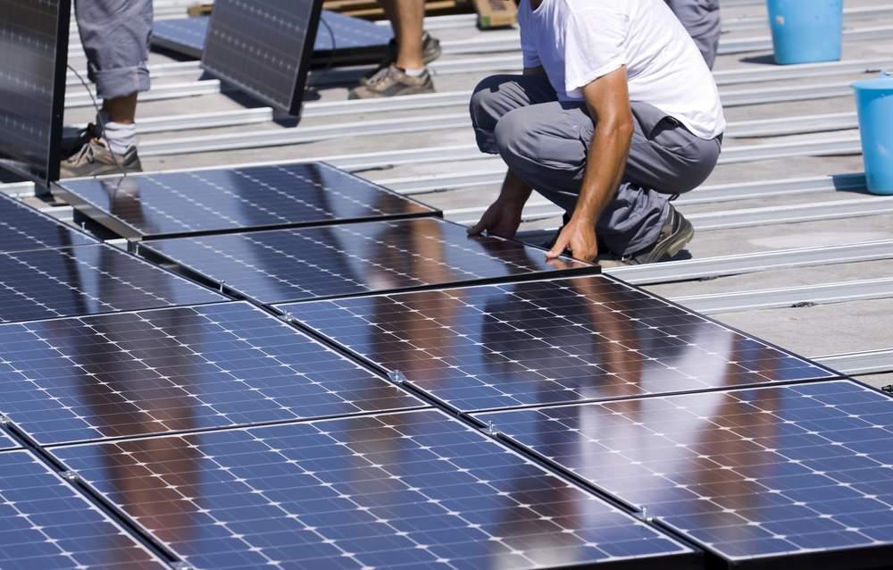 Benefits Of Solar Panels -UPS Solar Commercial Solar Panels